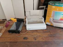 Fellowes fusion comb binder and Guillotine