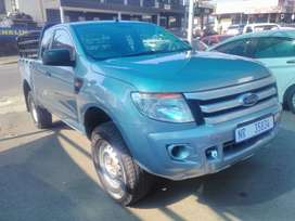 FORD RANGER 2.2 EXTRA CAB