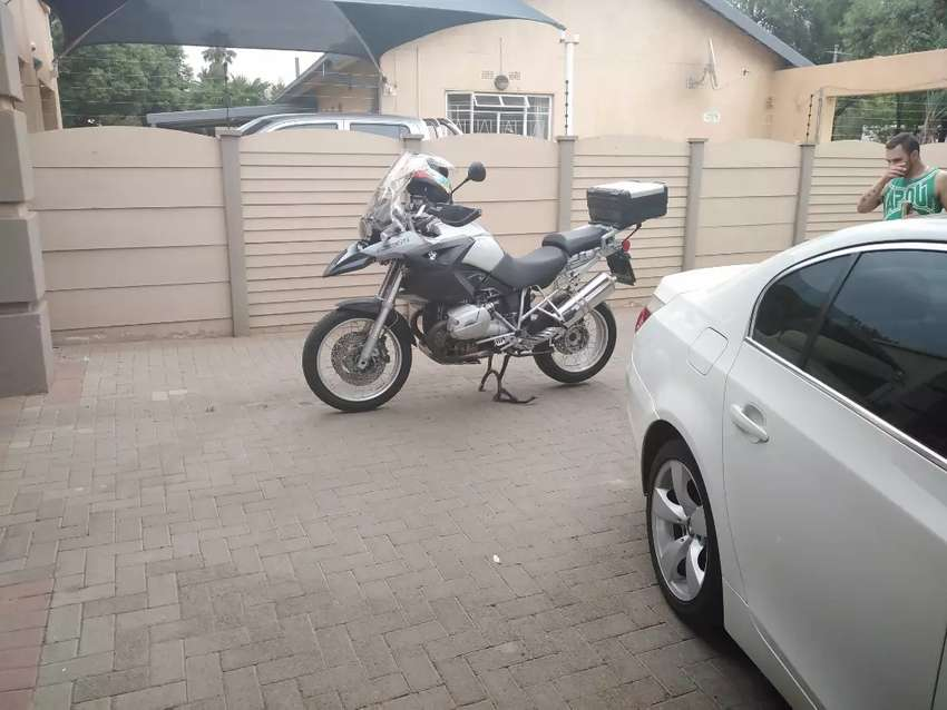 Selling bmw1200gs 0