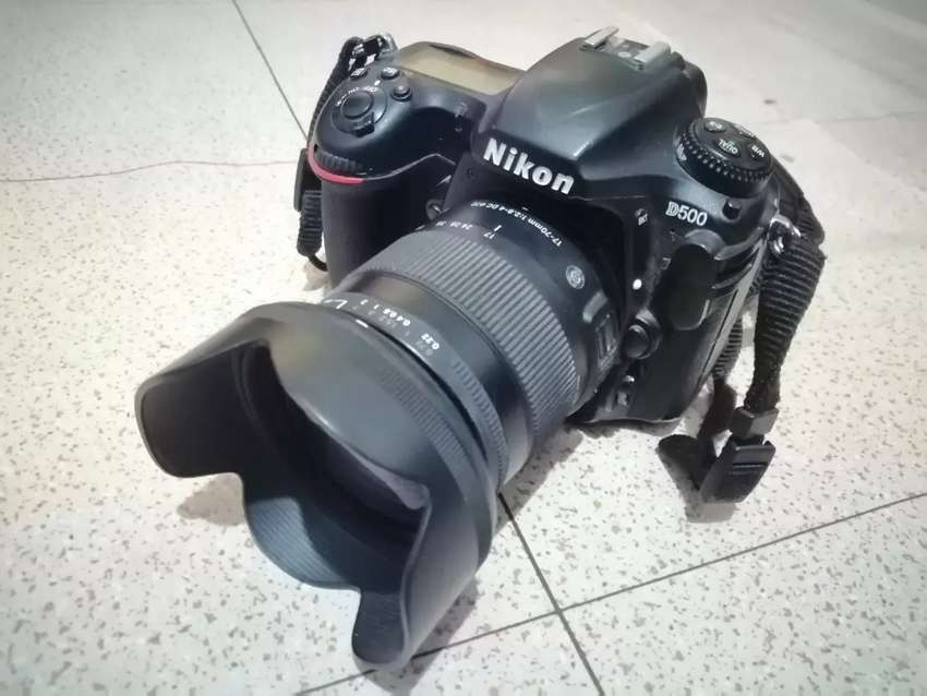 Nikon d500 with Sigma 17-70mm f2.8 0