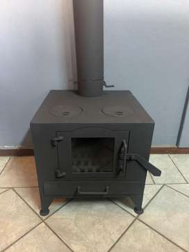 Fire place / stove