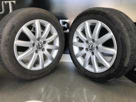 Original VW Jetta 16 inch mags for sale with Continental Tyres