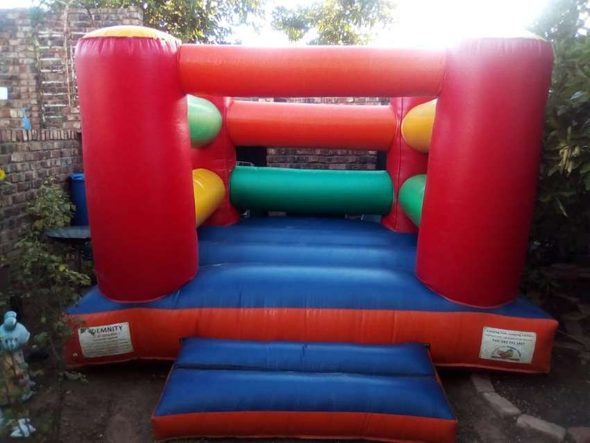 Jumping castle to hire 0