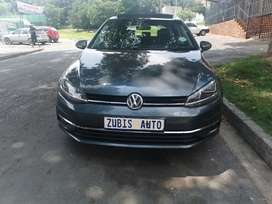 2019 VW GOLF 7 TSI WITH AN ENGINE CAPACITY OF 1,4