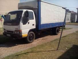 4 Ton Isuzu NPR400 4HF1 Closed body for sale