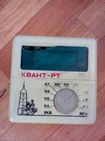 Часы— радио—приёмник СССР