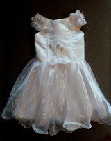 Новое пышное белое нарядное платье на выпускной