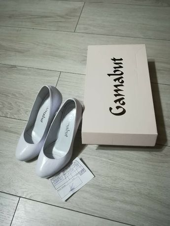 Ślubne buty / białe buty/ szpilki Lubin - image 1