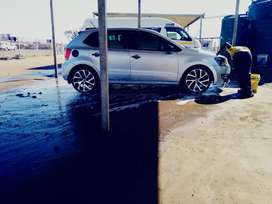 Hatchback  in a good condition .aircond. soundsystm.sport mags 17incn