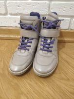Продам ботинки Ecco кожа 39 размер новые