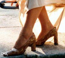 Туфли Pollini Италия, лакированная кожа, р. 39