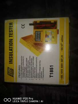 TopTronic Insulation Tester