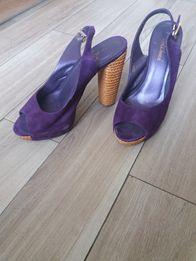 Босоножки замшевые фиолетовые на платформе