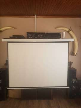 Canon projector and remote screen 1.8meter
