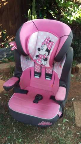 Minny Mouse Baby Car Seat