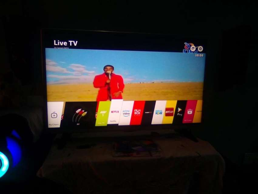Lg 32 inches smart tv 0