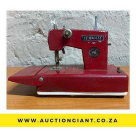 AUCTION: Vintage Toy Sewing Machine