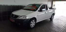 Nissan np200 1.6 safety pack