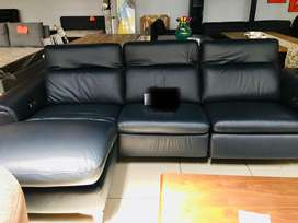 Brand new electric recliner couch for sale (leather)