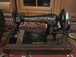 Продам швейную машинку ЗИНГЕР(челночная)