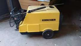 KARCHER High Pressure Washer HDS 990
