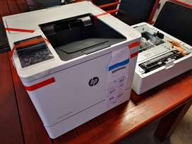 Printer HP LaserJet Enterprise m607n - R8800 BRAND NEW WITH TRAY - Neg