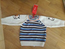 Теплый свитерок 86р. пр-во Турция