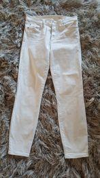 Białe spodnie dżinsowe GAP 28 M