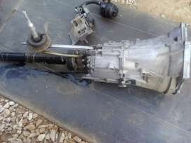 BMW GEARBOX AND POWER STEERING PUMP FOR SALE
