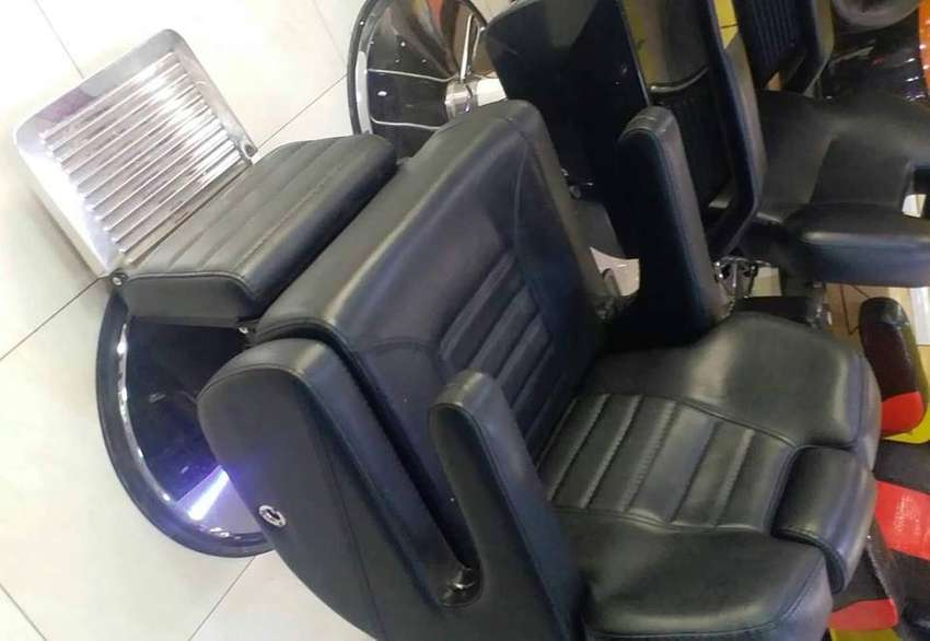 JUMBO barber chair/barber seat/kinyozi seat 0