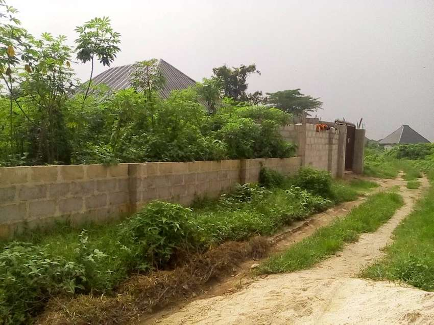 Two and half plots of land for sale in Portharcourt 0