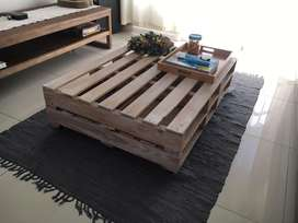 Large palette coffee table