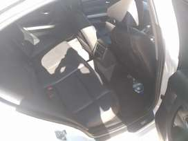 BMW 320i Car is 100% right used everyday