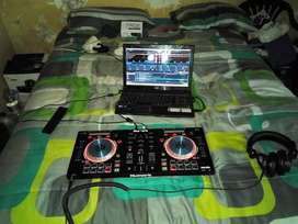 Numark deejaying