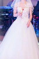 Suknia ślubna model Arsenie 2017 rozmiary 36/38 wzrost 176 + 5 ( 180 )