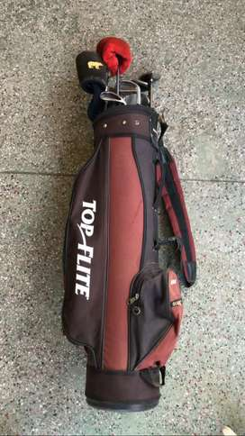 Golf bag with bags