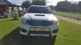 2014 TOYOTA FORTUNER 3.0 D4D LIMITED BLACK OUT EDITION AUTOMATIC