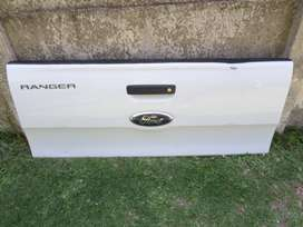 2019 FORD RANGER T7 COMPLETE TAILGATE FOR SALE