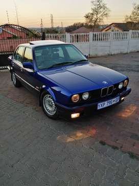 Neat BMW 325 i In mint condition