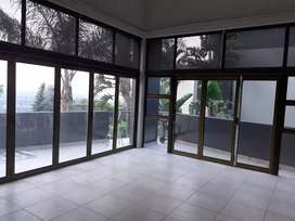 Alluminium stacking folding doors on a reasonable price