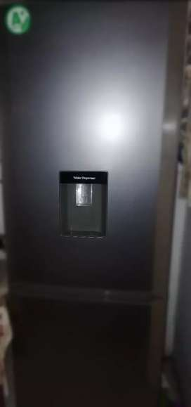 Defy fridge C425L with water dispenser