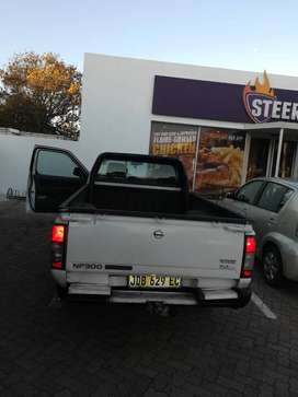 Nissan Np300 diesel 2.5 litters and it is good condition.
