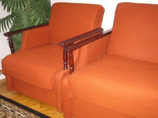 Диван розкладний та 2 крісла
