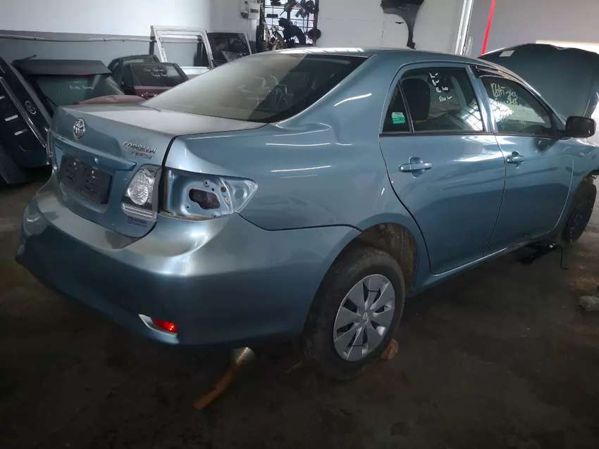 Stripping of 2016 Toyota Corolla Quest automatic for parts 0