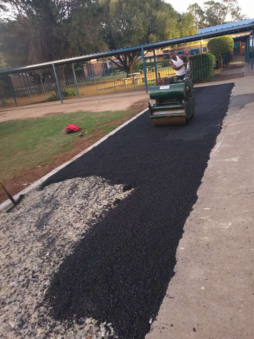 Tar Surfaces from R80/m2