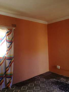 ROOMS FOR RENTAL AVAILABLE