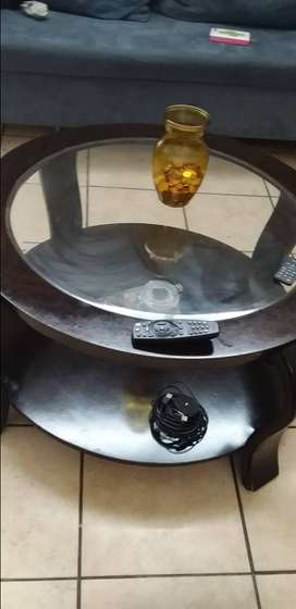 Coffee table wood with glass on top no scratch