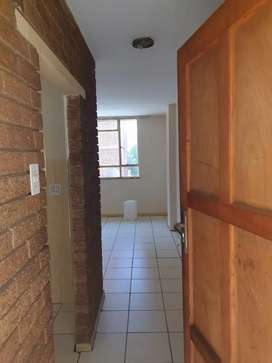 One bedroom flat available to rent for only R 5 000