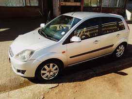 Looking for Toyota Corolla, ford fiesta or Nissan Almera