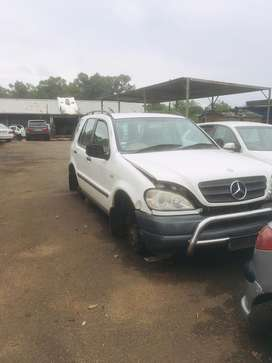 MERCEDES BENZ ML270 SPARES FOR SALE